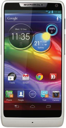 Motorola RAZR i Smartphone (10,9 cm (4,3 Zoll) Touchscreen, 8 Megapixel Kamera, 8GB Speicher, micro-USB, Android 4.1) wei�
