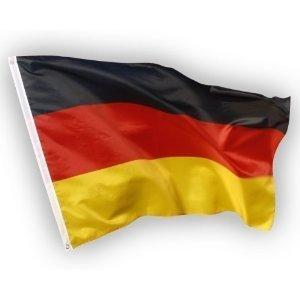 Deutschland Fahne, EM Fan Flagge aus Stoff mit doppelt ums�umten Fahnenrand, 2 Messing-�sen zum Hissen, auch f�r Fahnenmast (ohne Stab), Wind- und Wetterfest, Fanartikel Europameisterschaft 2016
